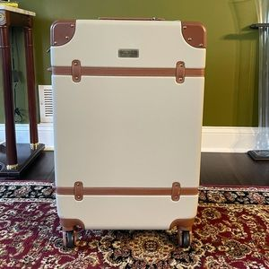 """TOMMY BAHAMA """"PARROT CAY COLLECTION"""" LUGGAGE"""